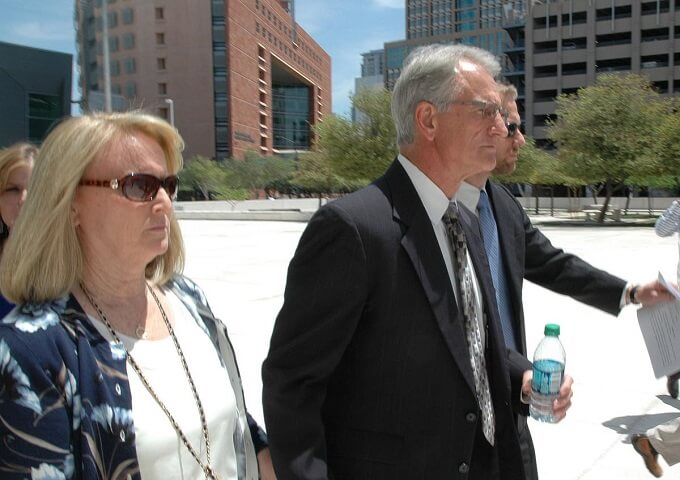 Arizona utility bribe trial details contact with FBI